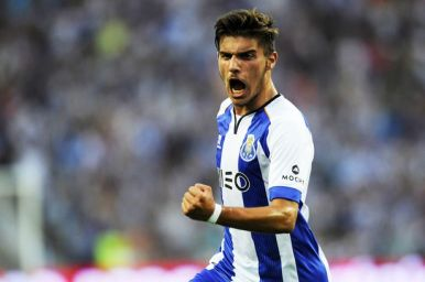 Ruben-Neves debut